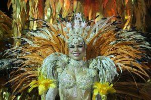 ALT = viaggiare in brasile, rio de janeiro, carnevale al sambodromo