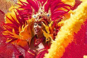 ALT = Carnevale di Rio de Janeiro, viaggiare in Brasile