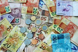 ALT = costo medio della vita in Brasile