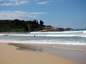 ALT = Praia de Joaquina, Florianopolis, fare surf in Brasile