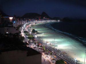 ALT = cosa fare la notte a Copacabana