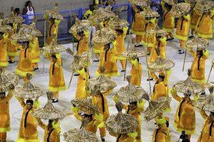 ALT = viaggiare in Brasile, carnevale di Rio de Janeiro