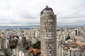 """alt= """"cosa visitare a San Paolo, Brasile, Edificio Italia"""""""