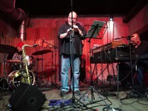 ALT = jazz a San Paolo, Brasile, Jazz nos Fundos