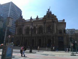 ALT = teatro municipale di San Paolo, Brasile