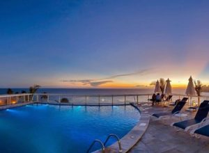 ALT = Hotel 4 stelle Salvador de Bahia, Golden Tulip
