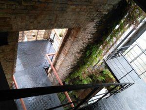 ALT = centro culturale municipale parco delle rovine, rio de janeiro
