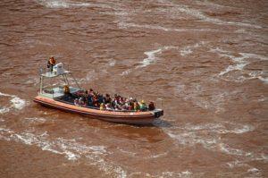ALT = cascate Iguazu, escursioni e gite in barca
